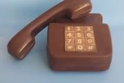 3. Телефон (11,5см)